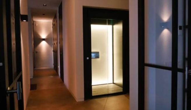 温馨的家用电梯装修