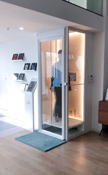 别墅电梯现场实拍图