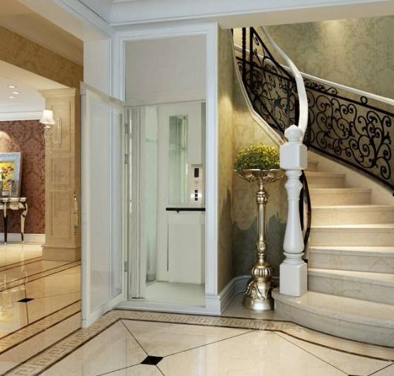 成都牧马山别墅里面安装的观光别墅电梯很美观