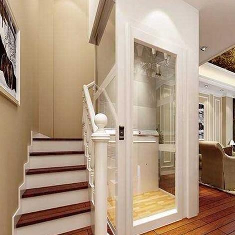 一台相当方便的家用小电梯安装在家里