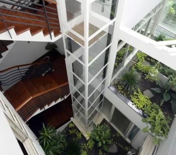 三层螺杆式别墅电梯样梯