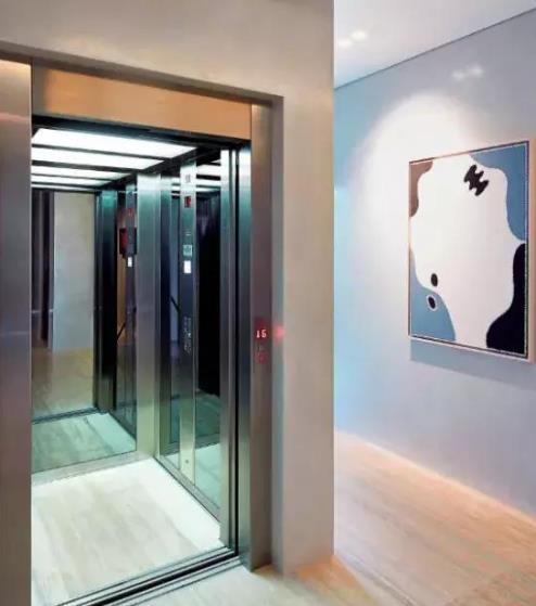 一台互联网电梯