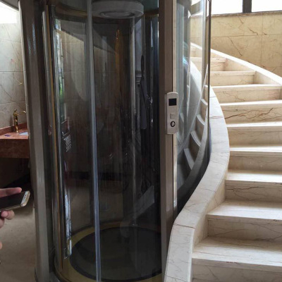 老家安装的4层圆弧家用电梯